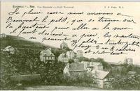 """image subtilisée sur google : Berneval s/r Mer - Vue Générale du Petit Berneval - """"La pluie cesse, nous arrivons à Berneval le Petit, qui se trouve sur la hauteur - pour aller à la mer il faut descendre à pied, les voitures ne peuvent y aller - toute petite plage - 2 ou 3 cabines et c'est tout"""""""