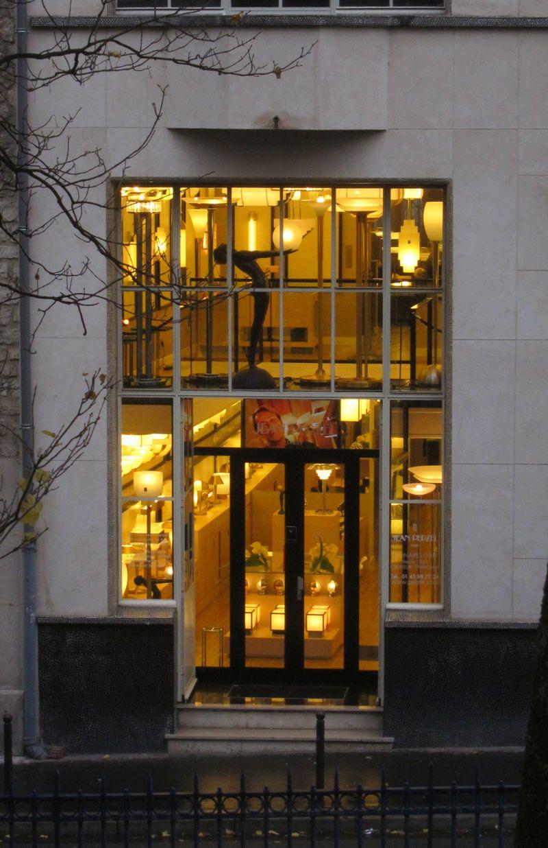 Jean Perzel, luminaires d'art depuis 1923, 3 rue de la Cité Universitaire 75014