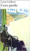 quatrième de couverture : Il ne sait pas encore, ce vieil homme qui soliloque dans les rues d'une ville de province, ce « retraité » dont toute la vie, sans doute, s'est passée à battre en retraite, le plus dignement possible - il ne sait pas encore, ce Coco perdu, qu'il se parle à lui-même parce qu'il n'a déjà plus d'interlocuteur. Il vient d'accompagner sa femme au train de Paris. Brève absence ? Court voyage ? Rien de tout cela... Après deux jours d'angoisse inavouée, le narrateur s'aperçoit que Fafa s'en est allée pour toujours. La détresse de Coco, le courage quotidien, l'humour et le désespoir, tout cela est comme tapi sous des paroles qui se donnent l'illusion d'être paroles en l'air.