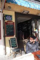 L'impromptu, à l'entrée de la rue de la Sablière